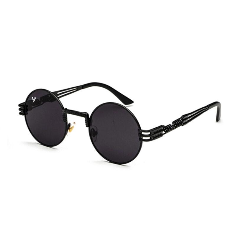 Solglasögon med svart glas och svart båge